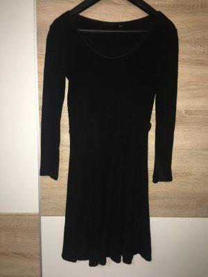 Kleid Freizeit Dekolleté Kleid Glocken Gr. 36