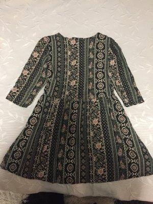Kleid für alle Jahreszeiten