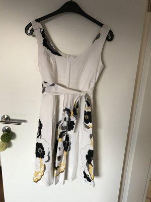 Kleid für den Frühling