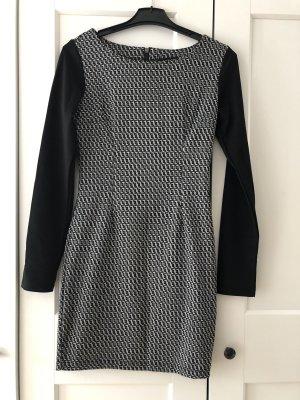 Kleid für den Herbst/Winter