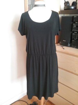 Kleid für die Übergangszeit in Gr.40/42 wie neu!