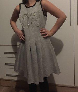 Kleid für Mädchen