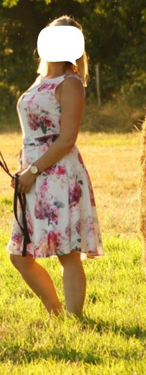 Kleid, geblühmt, 36