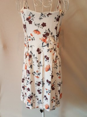 Kleid, geblümt, Neu ohne Etikett Gr. 38