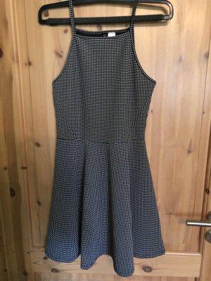 Kleid gepunktet schwarz weiß H&M