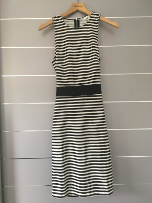 Kleid gestreift schwarz/weiß H&M mit Rücken Cut Out Gr. S