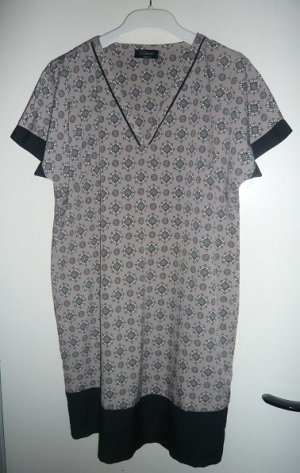 Kleid Gr 44