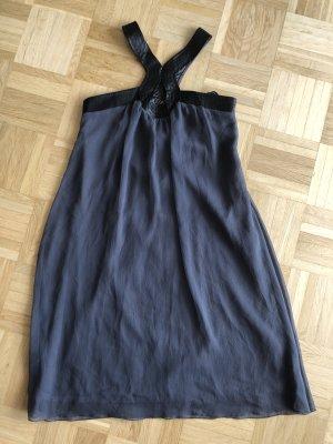 Kleid, Gr. 46, grau mit Lederimitat