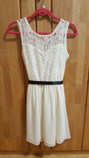 Kleid Gr. M Creme weiß mit Spitze C&A