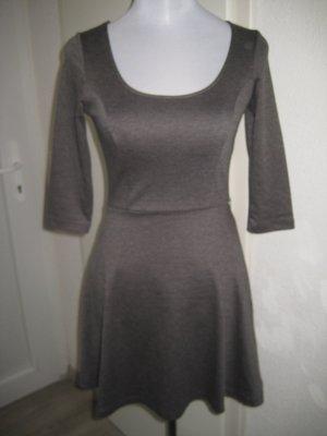 Kleid Grau 3/4 Arm Gr.XS