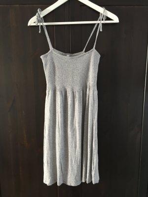 Kleid grau xs ONLY gerafft