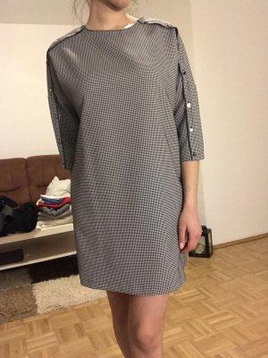 Kleid grau Zara