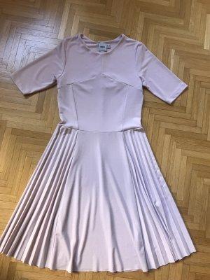 Kleid Größe 34 in rosa