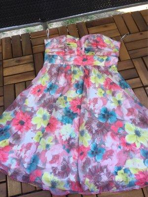 Kleid Größe M Elise Ryan