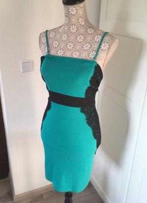 Kleid grün mit schwarzer Spitze