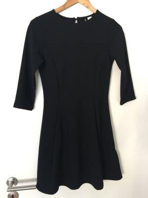 Kleid H&M Divided schwarz 36 neu!!!