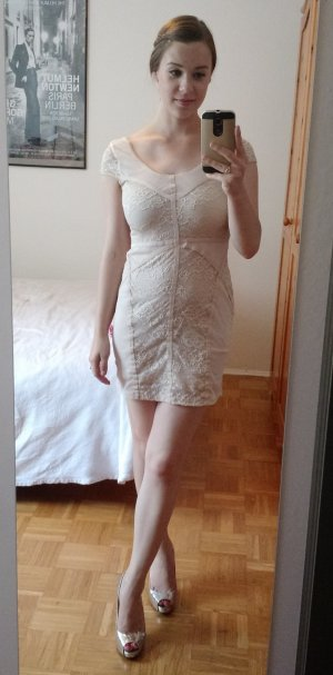 Kleid H&M Gr. 36 S spitze lace beige nude sexy blogger trend must have