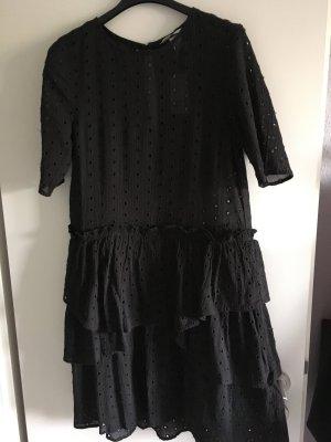 Kleid H&M Lochstickerei neu 36/38