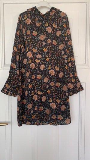 Kleid Hallhuber Plissee