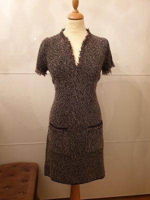 Kleid im Chanel stil