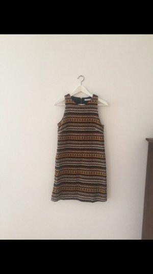 Kleid im Ethnolook von Mango