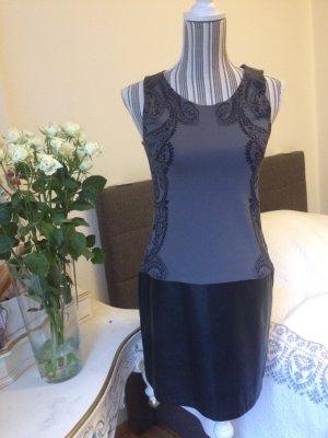 Kleid im Leder-Look )