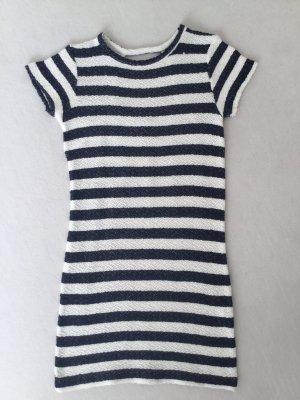 Kleid im Marine Look mit Rückenausschnitt