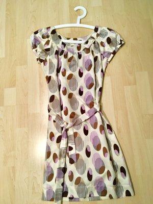 Kleid im Retro-Look