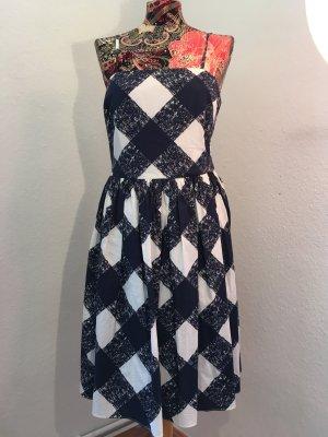 Kleid im Rockabilly style
