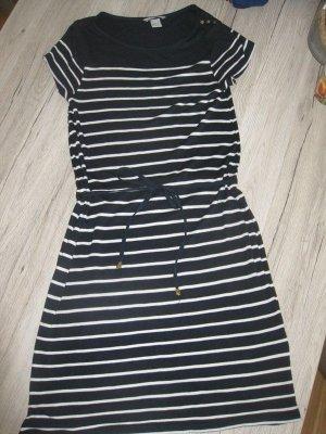 Kleid im wunderschönen Marinelook
