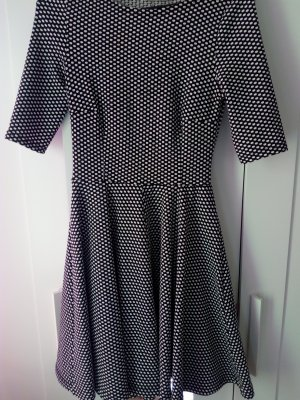 Kleid in 34