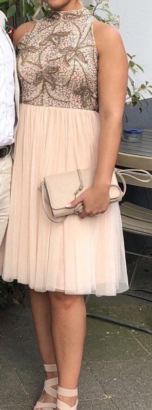 Kleid in Altrosa