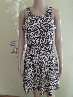 Kleid in Animalprint