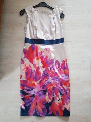 Kleid in ausdrucksstarken Farben von Missoni