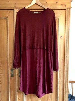 Kleid in Bordeaux Rot