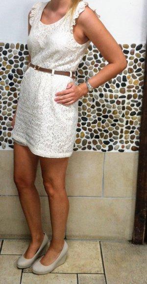 Kleid in cremefarben