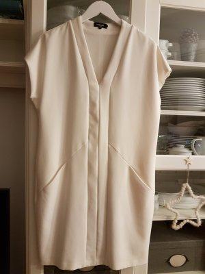 Kleid in cremeweiß