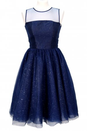 Kleid in Dunkelblau von Chi Chi London