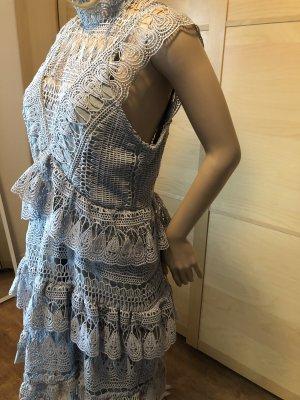 Kleid in grau