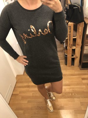 Kleid in Grau mit Gold
