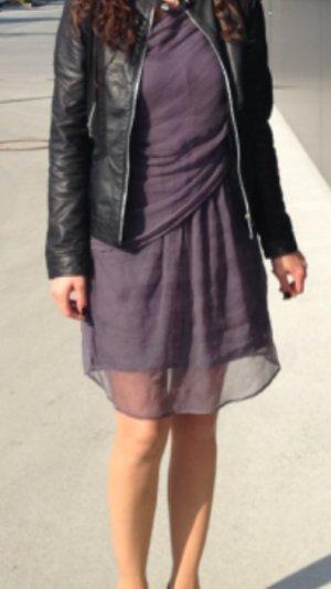 Kleid In grau, schulterfrei, wasserfalloptik, in Grösse 36