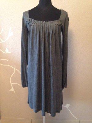 Kleid in grau von Esprit