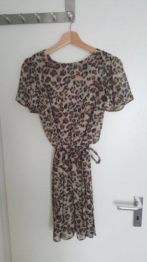 Kleid in Leopardenmuster ~total angesagt