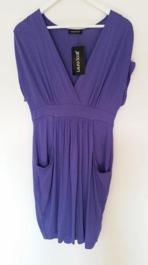 Kleid in lila mit Originaletikett