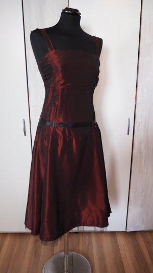 Kleid in M von Orsay in Bordeauxrot