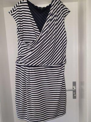 Kleid in Maritime - Look