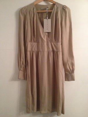 Kleid in nude von Kookai