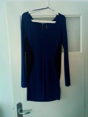 Kleid in petrolblau/schwarz von Takko in Größe M