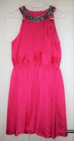 Kleid in rosa mit Pailletten