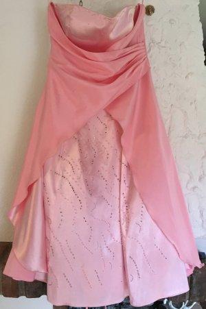 Kleid in rosa mit Steinchen von Lissa